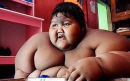 Từng được coi là 'bé trai nặng nhất thế giới', cậu bé Indonesia béo đến không thể đi học nổi giờ ra sao