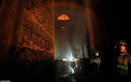 Những hình ảnh đầu tiên bên trong Nhà thờ Đức Bà Paris sau vụ hỏa hoạn