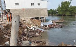 Bốn căn nhà ở Cần Thơ đổ sập xuống sông vào giữa trưa