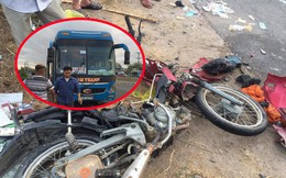 Băng qua đường, 2 vợ chồng đi xe máy bị xe khách tông văng 10m, chết thảm