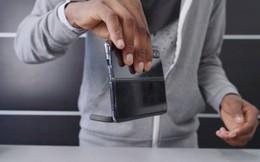 """Xem nam châm gắn trên Galaxy Fold mạnh cỡ nào, chính là thứ tạo nên tiếng """"click"""" hay ho khi đóng mở"""