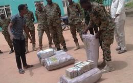Sudan thu hơn 460 triệu USD tại nơi ở của Tổng thống bị phế truất Omar al-Bashir