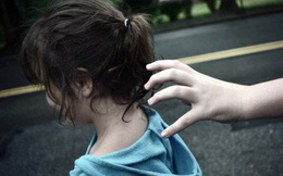 Điều tra vụ thiếu niên ở Cà Mau hiếp dâm 2 bé gái 8 tuổi