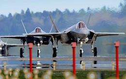 """Quyền Bộ trưởng Quốc phòng Mỹ thừa nhận chương trình máy bay F-35 đã """"hỏng bét"""""""