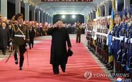 Trở về từ Nga, ông Kim Jong-un được người dân Triều Tiên chào đón long trọng