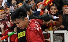 Ngày của mẹ xem lại khoảnh khắc 'Lớn rồi còn khóc nhè' của các tuyển thủ Việt Nam