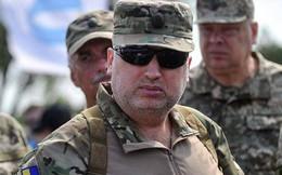 Quan chức cấp cao Ukraine từ chức và xin nhập ngũ