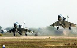 """Quân đội Ấn Độ bối rối với quan điểm """"mây mù che mắt radar"""" của Thủ tướng Modi"""