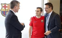 Vì sao Barcelona do dự chưa 'trảm' HLV Valverde?