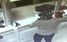 Gã đàn ông cướp thành công hai ngân hàng bằng … một quả bơ