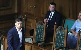 Tân Tổng thống Ukraine Zelensky hủy một loạt sắc lệnh của ông Poroshenko
