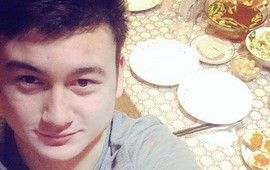 """Một ngày nạp 3 chiếc pizza, Lâm """"tây"""" bị Quế Ngọc Hải gọi là """"gấu Nga"""""""