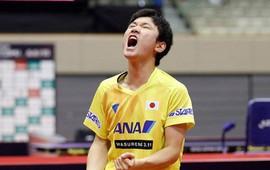 Cao thủ bóng bàn Trung Quốc thua sốc tay vợt 14 tuổi Harimoto
