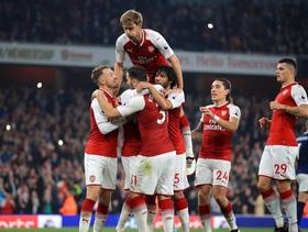 """Cầu thủ đắt giá nhất lập cú đúp, Arsenal tiếp bước ngũ """"đại gia"""" giành chiến thắng"""