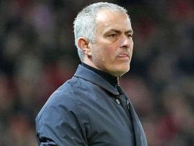 "Arsenal chú ý, Mourinho bắt đầu ""đi săn"""