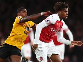 "Arsenal ""méo mặt"" với trận bất bại thứ 10 liên tiếp tại Premier League"