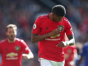 """Rashford lập công, Man United thót tim nhọc nhằn vượt qua """"cựu vương"""" Premier League"""