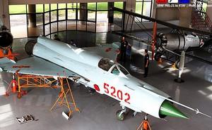 Thái Lan tiếp nhận MiG-21 Bis do Việt Nam trao tặng