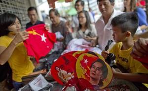 """Bầu cử ở Myanmar: Bà Aung San Suu Kyi chiến thắng chỉ là """"hình thức""""?"""
