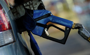 """Nga """"bóng gió"""" hợp tác với OPEC, giá dầu đi lên"""