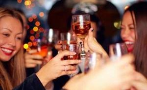 Ngày Tết, chớ dại ăn những thứ sau khi say rượu