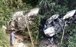 Tàu hỏa tông ô tô văng xa 50 mét, 4 người tử vong