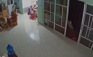 """Vụ trộm cắp khiến người xem """"nín lặng"""" theo dõi"""