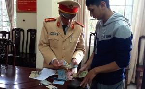 CSGT tìm hơn 1 tuần để trả chiếc ví da cho thanh niên ship hàng thuê