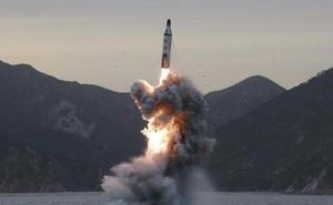 Hàn Quốc: Tên lửa đạn đạo của Triều Tiên đạt độ cao 560km