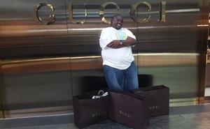 """Cận cảnh cuộc sống của """"Đứa trẻ giàu nhất Zimbabwe"""" và """"chỉ đi mua sắm ở Mỹ thôi"""""""
