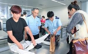 Tổng Cục Hải quan: Công chức Hải quan không lấy cắp đồ trong hành lý của khách ở sân bay