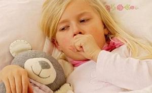 Suýt tử vong vì viêm phổi mà tưởng bị cảm: BS cảnh báo những dấu hiệu không nên xem thường
