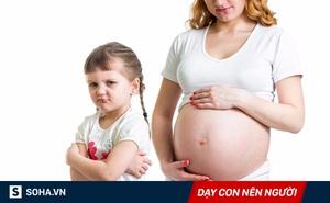 Mang thai bé thứ hai, đây là cách bố mẹ nên đối xử với bé lớn để con không ghen tị