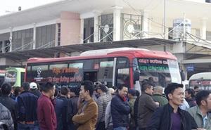 Đình chỉ 12 xe khách không theo lệnh điều chuyển