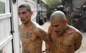 Barrio 18: Băng đảng xăm mình chuyên chiêu mộ trẻ vị thành niên