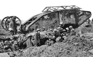 Cỗ máy sắt khổng lồ khiến quân Đức một phen hoảng sợ