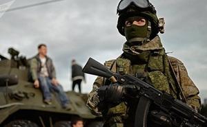 Bộ trang phục Ratnik có thể bảo vệ binh sĩ Nga khỏi đạn súng bắn tỉa xuyên giáp