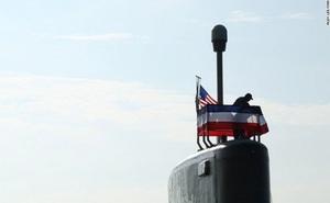 Hải quân Mỹ dùng tay cầm máy chơi game làm phụ kiện tàu ngầm