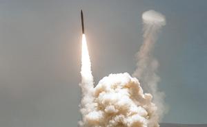 Lãnh đạo Boeing tiết lộ vũ khí giúp Mỹ an toàn dù Triều Tiên phóng tên lửa ngay bây giờ