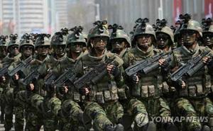 Triều Tiên tập trận nhảy dù xâm nhập Bộ tư lệnh Mỹ - Hàn giữa Seoul