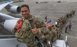 """Mỹ """"nhẹ nhàng"""" đưa các đơn vị tinh nhuệ áp sát biên giới Nga: Sẵn sàng khi có biến?"""
