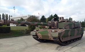 Pháp lắp pháo 140mm cực mạnh lên xe tăng Leclerc để diệt T-14 Armata của Nga