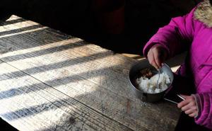 Chùm ảnh: Trẻ em nghèo châu Á đón Tết như thế nào?