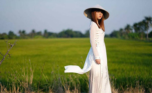 Hotgirl Thái Lan chứng minh với áo dài Việt Nam mọi cô gái đều trở nên xinh đẹp