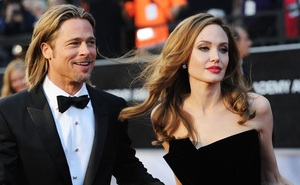 Brad Pitt và Angelina Jolie lần đầu gặp trực tiếp sau khi ly hôn