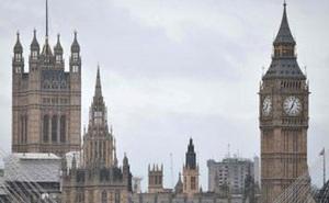 Quốc hội Anh thông qua đề xuất bầu cử sớm