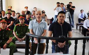 Hoãn phiên tòa xét xử kẻ nhắn tin khủng bố Chủ tịch tỉnh Bắc Ninh