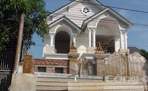 Sập giàn giáo công trình xây dựng khiến 2 công nhân tử vong