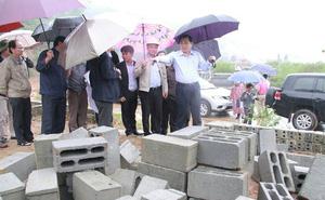 """Chủ tịch Đà Nẵng: """"Cán bộ địa phương cấu kết đầu nậu xây mộ trái phép"""""""