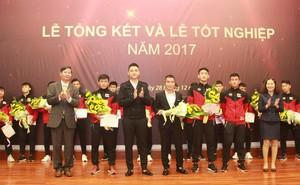 Bàn giao cầu thủ cho 9 CLB chuyên nghiệp, PVF cam kết tiếp tục phát triển bóng đá trẻ